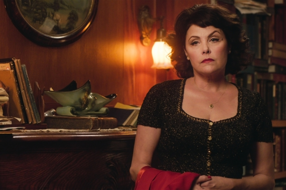 Sherilyn Fenn in a still from Twin Peaks. Photo: Courtesy of SHOWTIME
